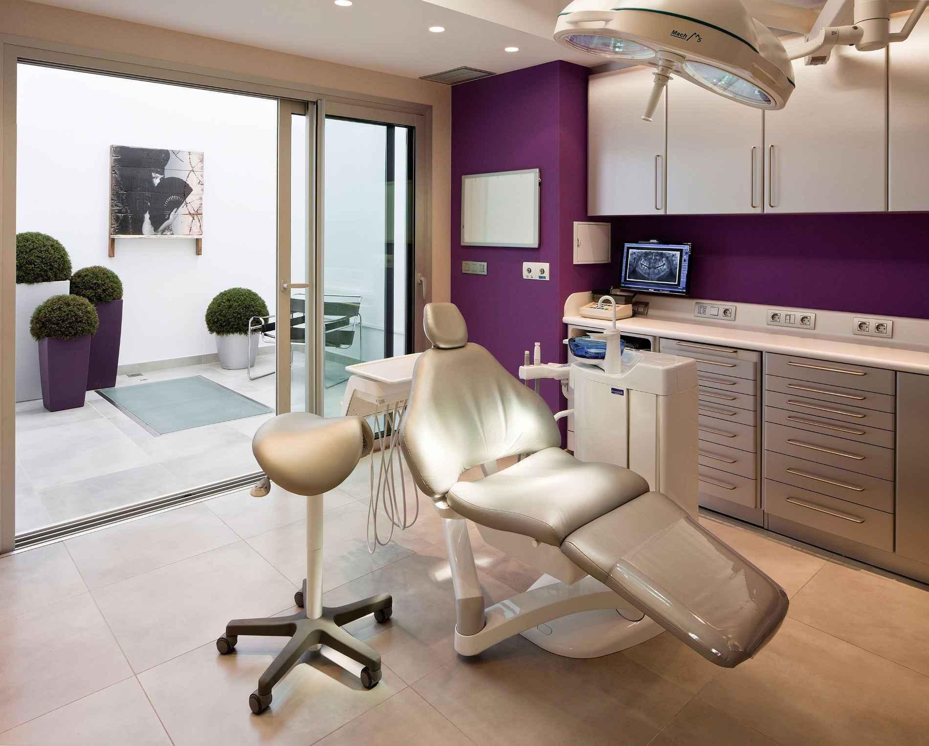 Consulta médico dentista en Sevilla