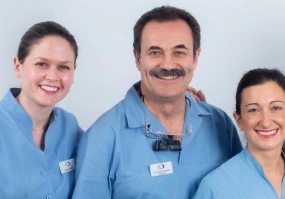 doctores-implantologia-sevilla
